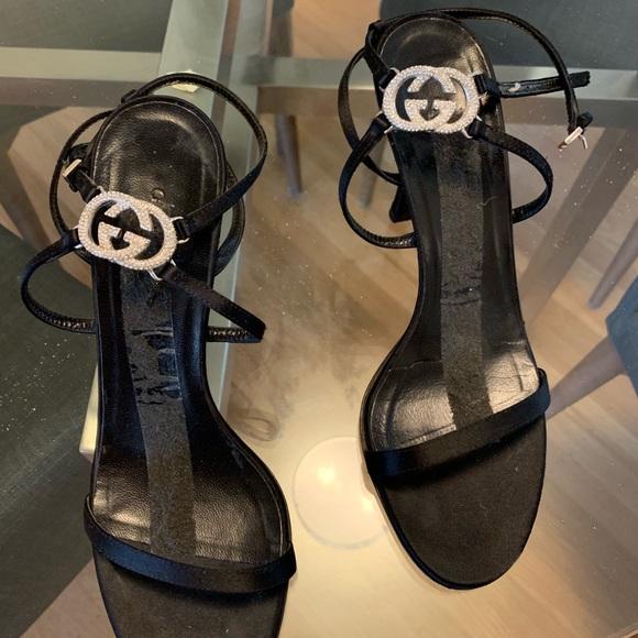 Gucci Stilettos With Crystal Gucci Logo
